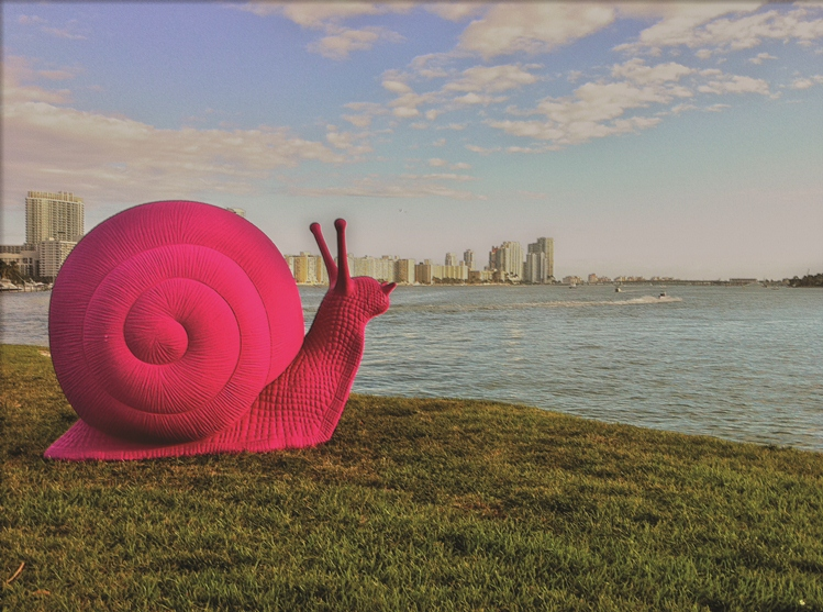 Pink Snail - art basel-photo-by-Ines Hegedus-Garcia