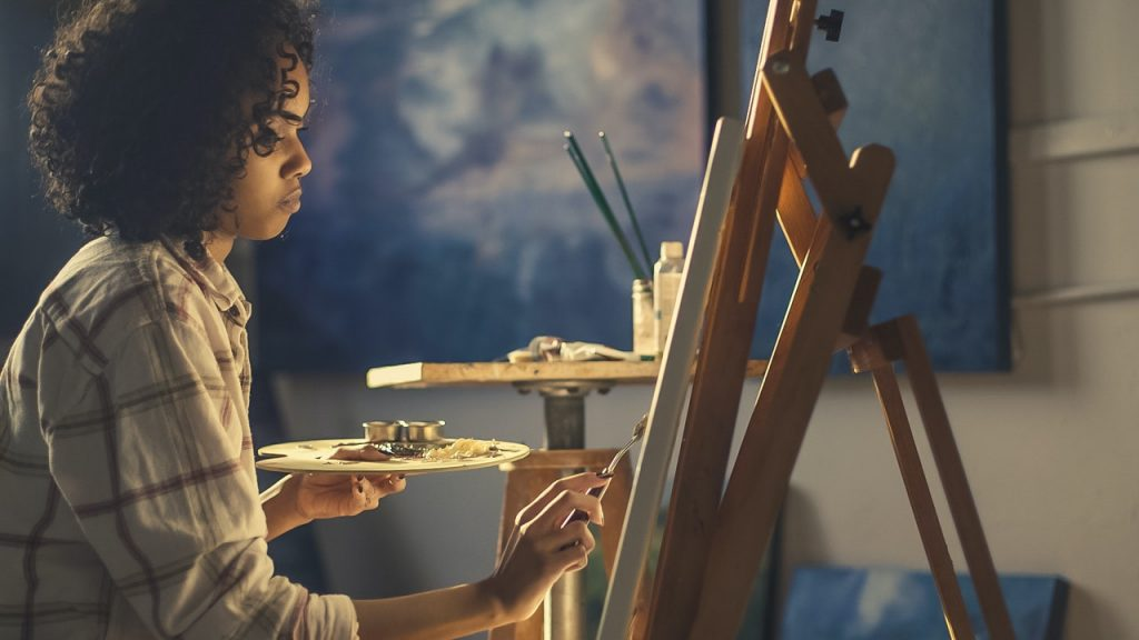 How to Balance a Full-Time Job with an Art Career (3)